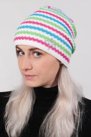 Bílá dámská prodloužená zimní pletená čepice s barevnými pruhy a duhovým lurexem