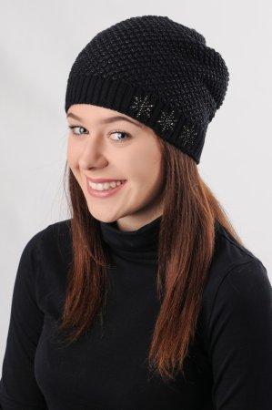 Černá dámská prodloužená zimní pletená čepice protkána černým lurexem