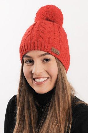 Červená dámská zimní pletená čepice s bambulí