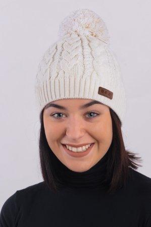 Přírodně bílá dámská zimní pletená čepice s copany a s bambulí