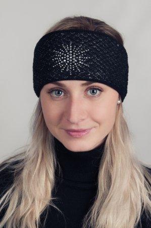 Černá dámská zimní pletená čelenka se stříbrnou nitkou a kamínky